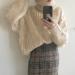 白・グレー・ブラウン【タートルネックニット】のシンプルかわいい♡レディースファッションコーデ